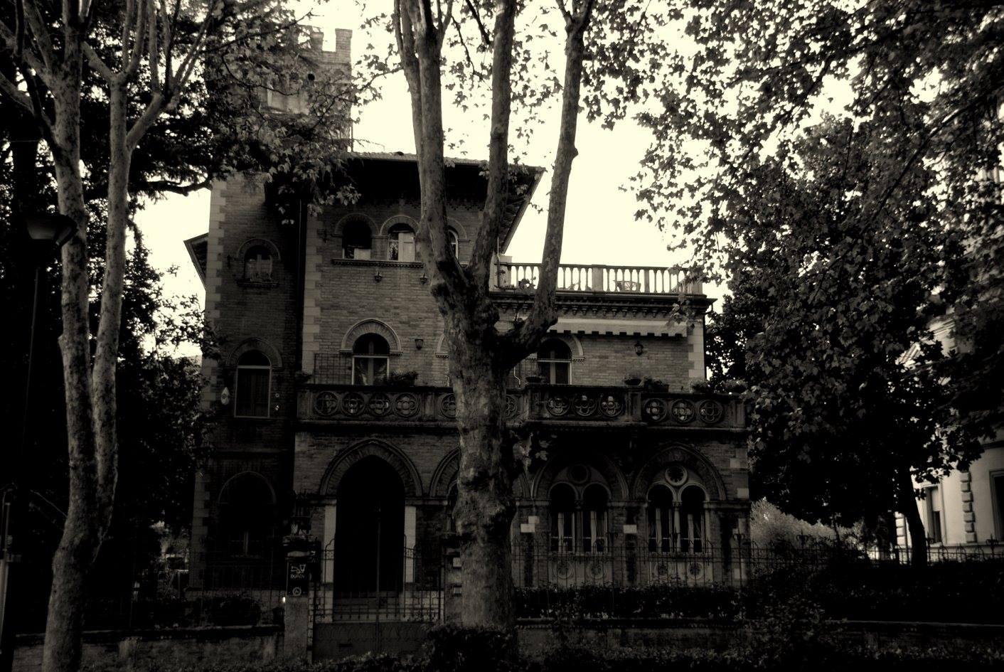 casa dark